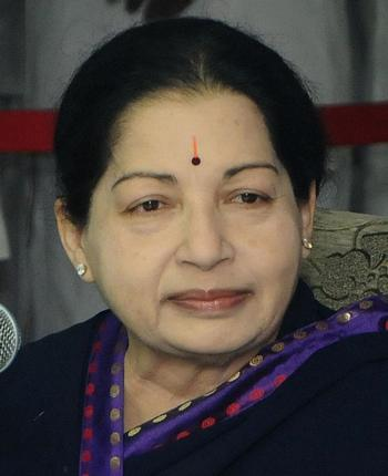 Tamil industrialists not to invest in Karnataka: Jayalalithaa
