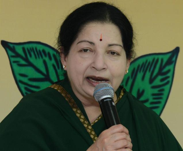 Clubs banning dhotis is an insult to Tamil culture: Jayalalithaa