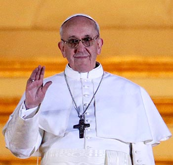 Pope Francis targets Catholics living together