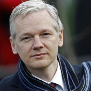 Assange claims Wikileaks has more unpublished classified US govt. documents