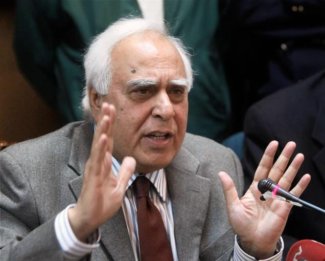 TN Govt's decision to release Rajiv Gandhi's killer sends a wrong message: Sibal