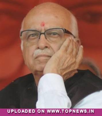 Advani lauds Modi''s administrative skills