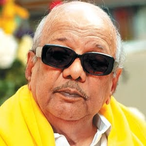 Consult experts on CAG rejig: Karunanidhi