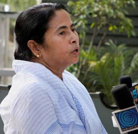 18 dead in Kolkata fire, Mamata sniffs sabotage