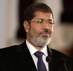 Security forces clear Cairo mosque of Morsi's supporters