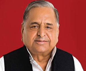 Mulayam hauled before court for threat in speech