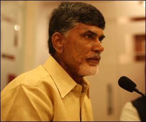 200 pilgrims return to Andhra in TDP-charted plane