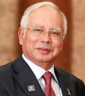 the person i admire most dato seri najib The great statesman of malaysia-tun dr mahathir we will love him and admire him and will certainly agree and the prime minister dato' seri najib.