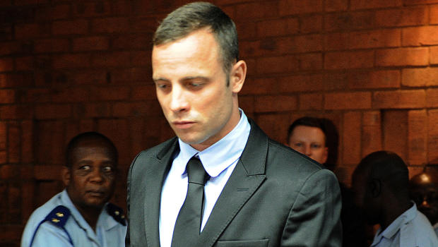 Pistorius' handwriting indicates 'multiple personalities', claim experts
