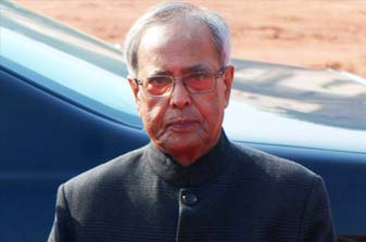 At his At Home, President Pranab gives tradition a break