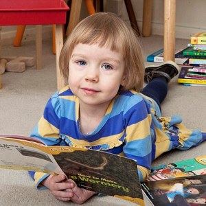 Three-year-old Brit girl joins Mensa with IQ `higher than Stephen Hawking`