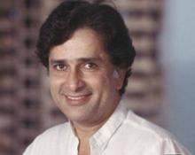 Shashi Kapoor's biography all set to release in May