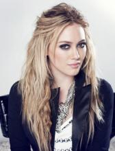 Hilary Duff celebrates `Lizzie McGuire`s` 15th anniversary