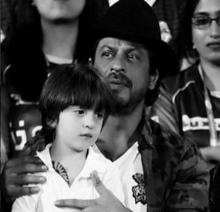 SRK, Abram sport matching tattoos in this awwdorable pic!
