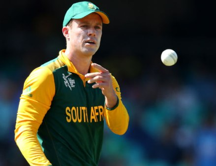 `Under pressure' Domingo not to blame for tri-series exit: De Villiers