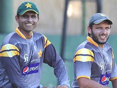 Abdul Razzaq backs Shahid Afridi