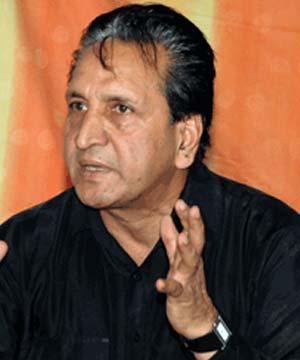 Abdul Qadir Khan - Abdul_Qadir_0