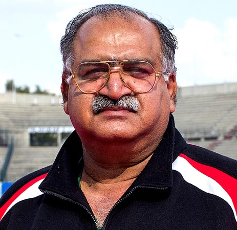 Pakistan's hockey coach resigns