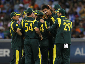 Lanka lose thriller to Australia at Perth