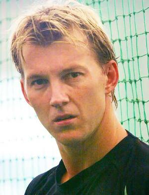 Oz selectors delighted with Lee''s form going into World Cup