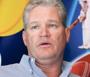 Dean Jones backs ''undervalued'' Dhoni to become among top three all time Indian greats