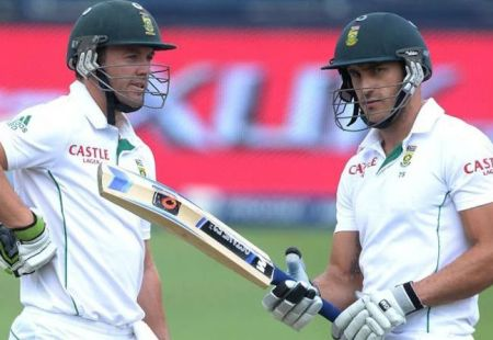 Du Plessis not expecting De Villiers to play Adelaide Test