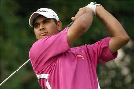 Bhullar takes two-shot lead in Macau