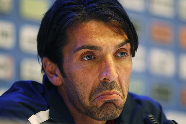 http://topnews.in/sports/files/Gianluigi-Buffon.JPG
