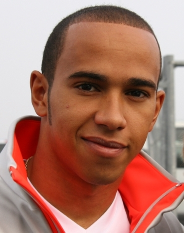 Hamilton to McLaren: I'm not Young, and I want to win