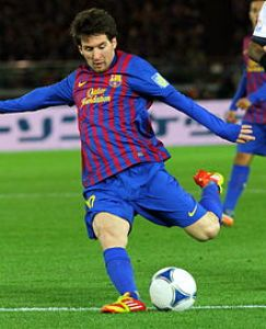 Hamstring injury sidelines Messi for rest of season