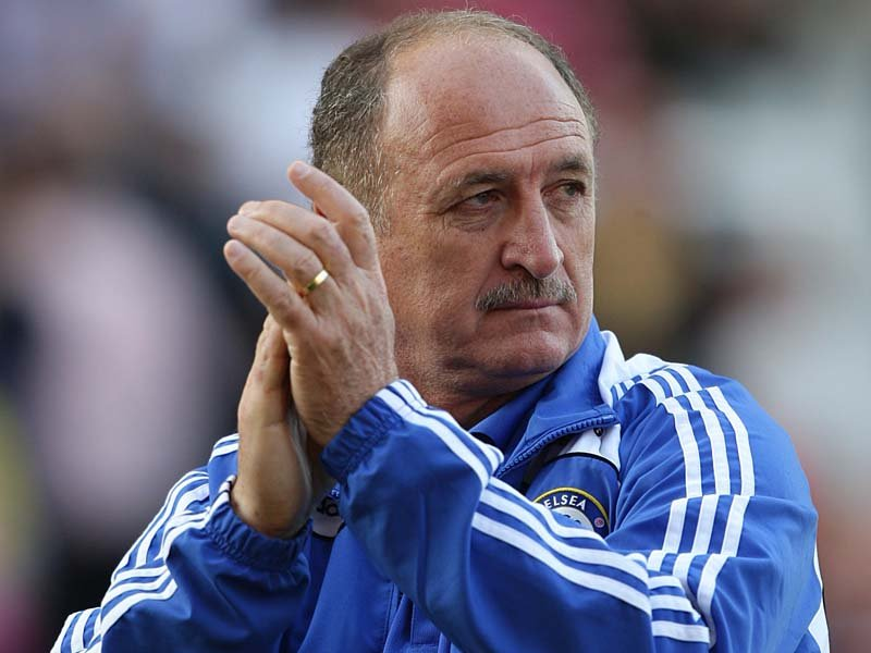 Scolari feeling weight of Brazil's expectations