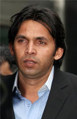 London, Oct 18 : <b>Mohammad Asif's</b> lawyer has accused former Pakistan cricket <b>...</b> - Mohammad-Asif_3