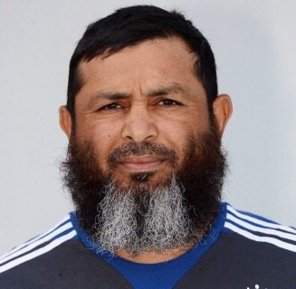 ... to tackle spinners but Pakistan`s bowling coach <b>Mushtaq Ahmed</b> says even ... - Mushtaq-Ahmed0202152