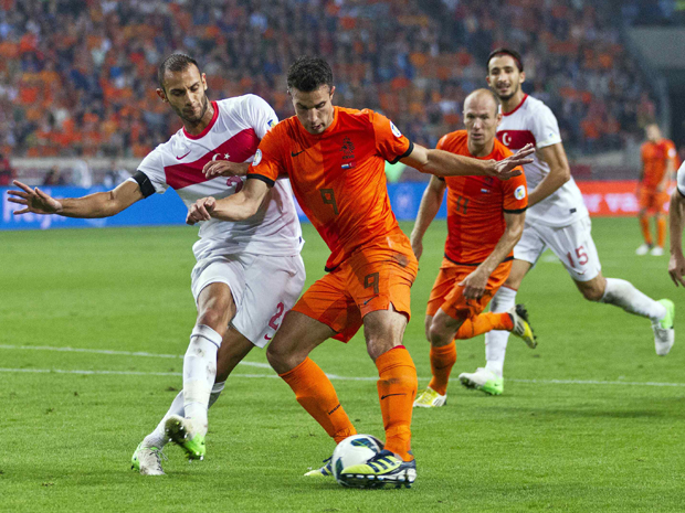 Netherlands open World Cup campaign with win