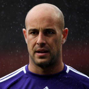 Pepe Reina 2 Break It Down! 2012/13 Liverpool Season Preview (Keepers/Defenders)