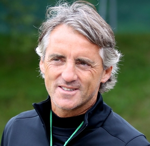 http://topnews.in/sports/files/Roberto-Mancini_61.jpg