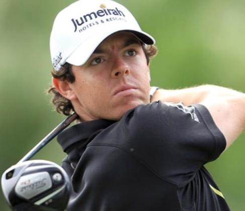 McIlroy says foolish to rule 'contender' Woods out of Augusta Masters