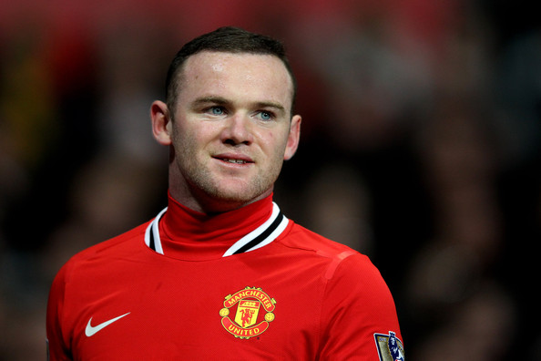 Rooney says 'fantastic' Van Persie would be 'great addition' to Man U squad