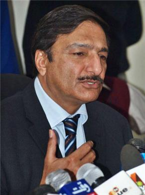 Ashraf confident Pakistan will host visitors in 2012