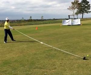 Man uses 20-foot-long golf club to set new Guinness World Record!