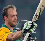 De Villiers eager to keep Test captaincy