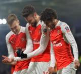 Giroud, Walcott's brace send Arsenal into FA Cup quarters