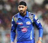 Harbhajan appreciates Dhoni's decision to snap ties with Amrapali
