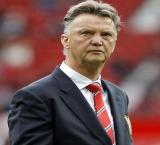 Disappointed Van Gaal says Man Utd lack confidence