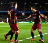 Suarez shines in Barca's 8-0 rout of Deportivo La Coruna