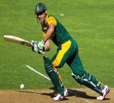 De Villiers insists triumphant England `not unbeatable`