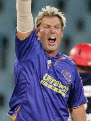 Warne denies he had hot words with Ponting over IPL