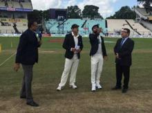Kolkata Test: India opt to bat; no Gambhir in playing XI