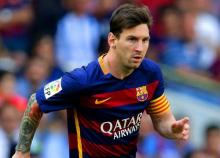 Messi's hat-trick inspires Barca to 4-0 rout of Man City in CL