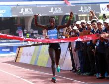 Kenya's Jepchirchir breaks World Half Marathon record in UAE
